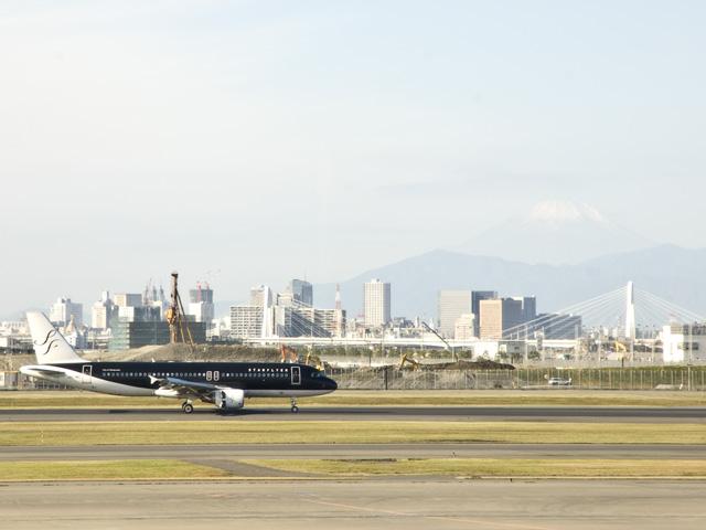 羽田空港から見た富士